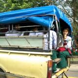 小中学生の下校風景@ミャンマーヤンゴン
