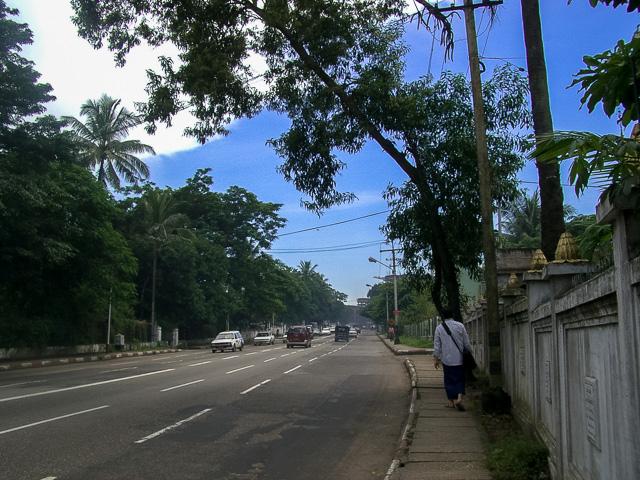 ヤンゴンの青空@ミャンマー