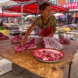肉屋のおばちゃん@木蘭青空市場