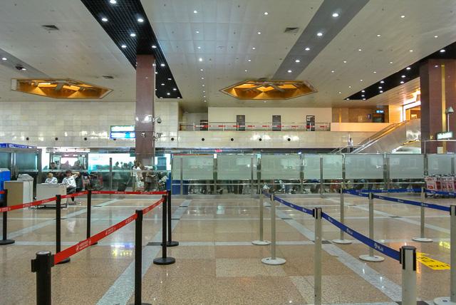 チェックインカウンター@ハルピン太平国際空港