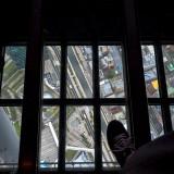 フロア340のガラス床@東京スカイツリー